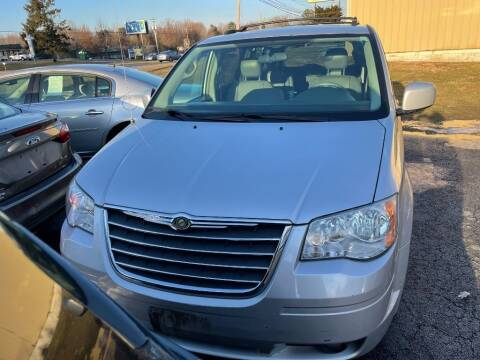 2009 Chrysler Town and Country for sale at Certified Motors in Bear DE
