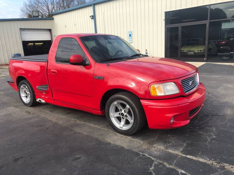 2000 Ford F-150 SVT Lightning for sale at Classic Connections in Greenville NC
