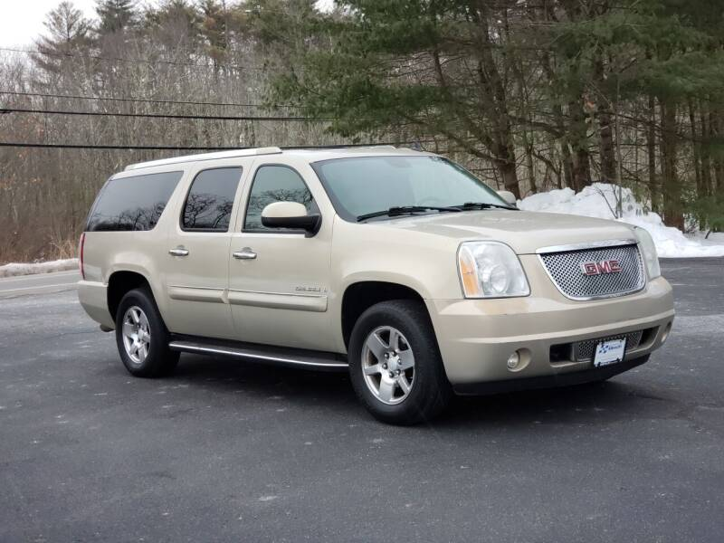 2007 GMC Yukon XL for sale at Flying Wheels in Danville NH