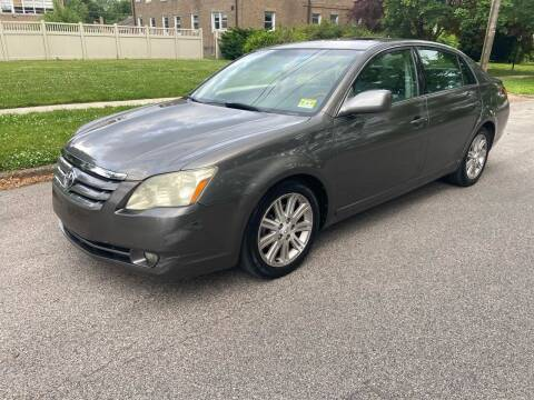 2006 Toyota Avalon for sale at Michaels Used Cars Inc. in East Lansdowne PA