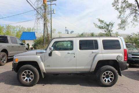 2006 HUMMER H3 for sale at D & B Auto Sales LLC in Washington Township MI