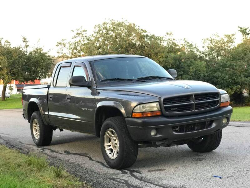 2002 Dodge Dakota for sale at Loco Motors in La Porte TX