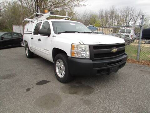 2010 Chevrolet Silverado 1500 Hybrid for sale at Auto Outlet Of Vineland in Vineland NJ
