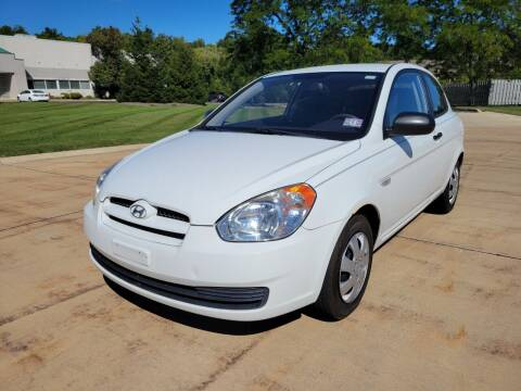 2010 Hyundai Accent for sale at Lease Car Sales 3 in Warrensville Heights OH