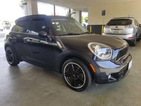 2012 MINI Cooper Countryman for sale at Auto Boomer Inc. in Sherman Oaks CA