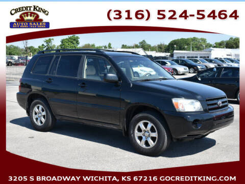 2005 Toyota Highlander for sale at Credit King Auto Sales in Wichita KS