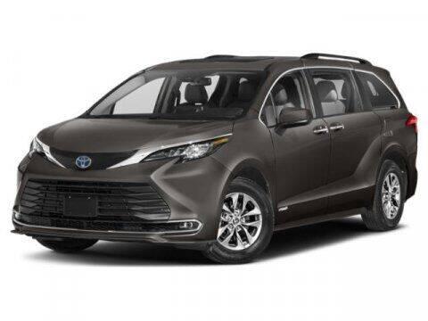 2021 Toyota Sienna for sale at BEAMAN TOYOTA in Nashville TN