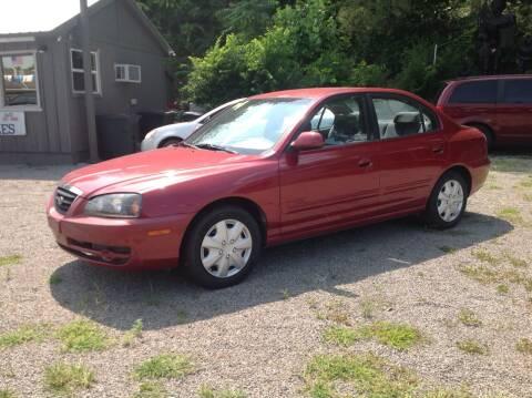 2004 Hyundai Elantra for sale at GIB'S AUTO SALES in Tahlequah OK