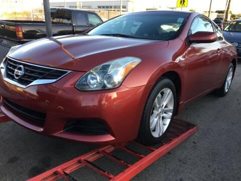 2013 Nissan Altima for sale at Auto Max of Ventura in Ventura CA