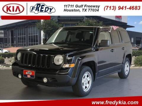 2014 Jeep Patriot for sale at FREDYS CARS FOR LESS in Houston TX