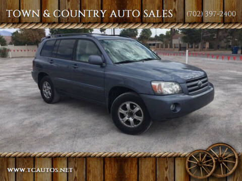 2005 Toyota Highlander for sale at TOWN & COUNTRY AUTO SALES in Overton NV