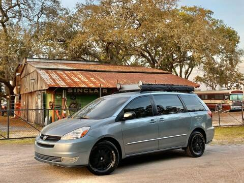2005 Toyota Sienna for sale at OVE Car Trader Corp in Tampa FL
