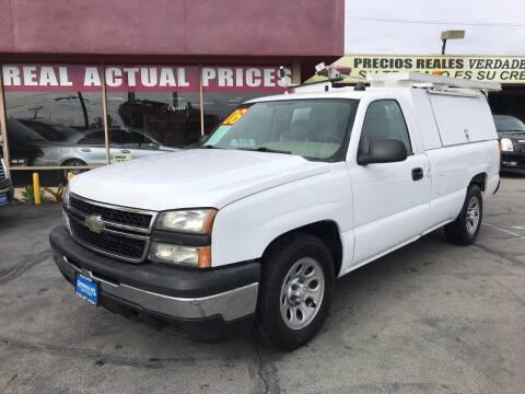 2006 Chevrolet Silverado 1500 for sale at Sanmiguel Motors in South Gate CA
