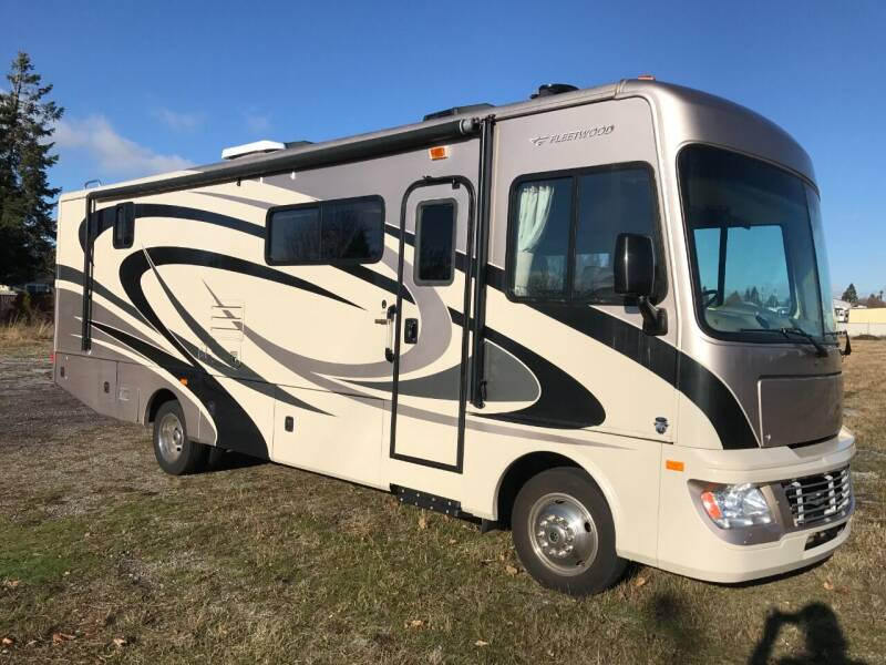 2011 Fleetwood Bounder 30T Bounder for sale at Pool Auto Sales in Hayden ID
