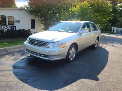 2004 Toyota Avalon for sale at TR MOTORS in Gastonia NC