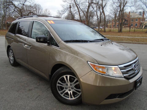 2011 Honda Odyssey for sale at Sunshine Auto Sales in Kansas City MO