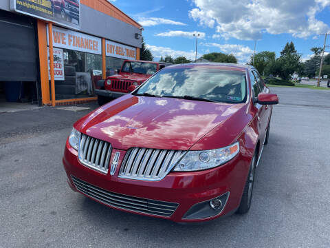 2009 Lincoln MKS for sale at Lehigh Valley Truck n Auto LLC. in Schnecksville PA