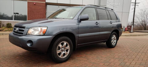 2005 Toyota Highlander for sale at Auto Wholesalers in Saint Louis MO