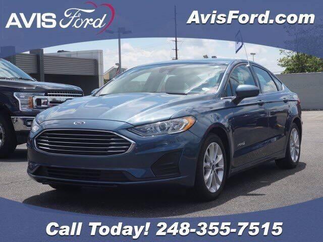 2019 Ford Fusion Hybrid for sale in Southfield, MI