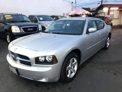 2010 Dodge Charger for sale at Plaza Auto Sales in Los Angeles CA