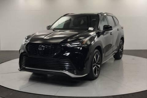 2021 Toyota Highlander for sale at Stephen Wade Pre-Owned Supercenter in Saint George UT