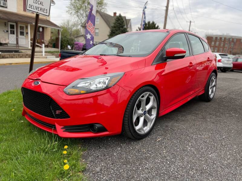 2013 Ford Focus for sale at Mayer Motors of Pennsburg in Pennsburg PA
