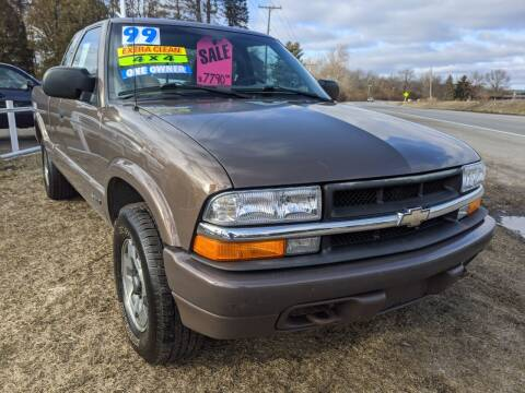 1999 Chevrolet S-10 for sale at GREAT DEALS ON WHEELS in Michigan City IN