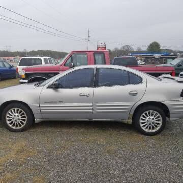 1999 Pontiac Grand Am for sale at CAR-MART AUTO SALES in Maryville TN