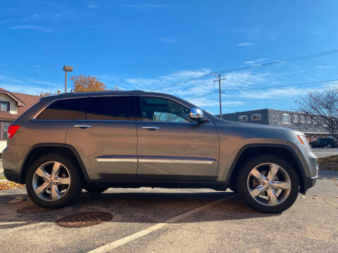 2012 Jeep Grand Cherokee for sale at Magana Auto Sales Inc in Aurora IL