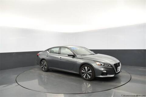 2020 Nissan Altima for sale at Tim Short Auto Mall 2 in Corbin KY