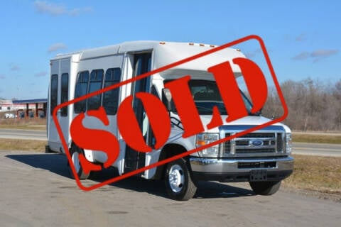 2012 Ford E-Series Chassis for sale at Signature Truck Center in Crystal Lake IL