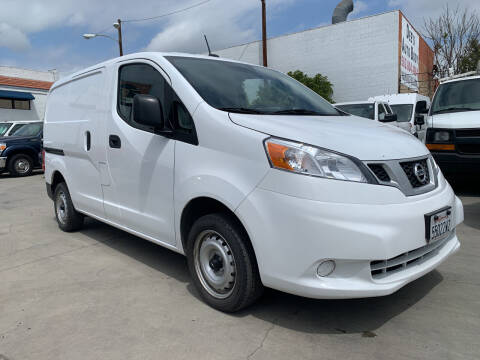 2020 Nissan NV200 for sale at Best Buy Quality Cars in Bellflower CA