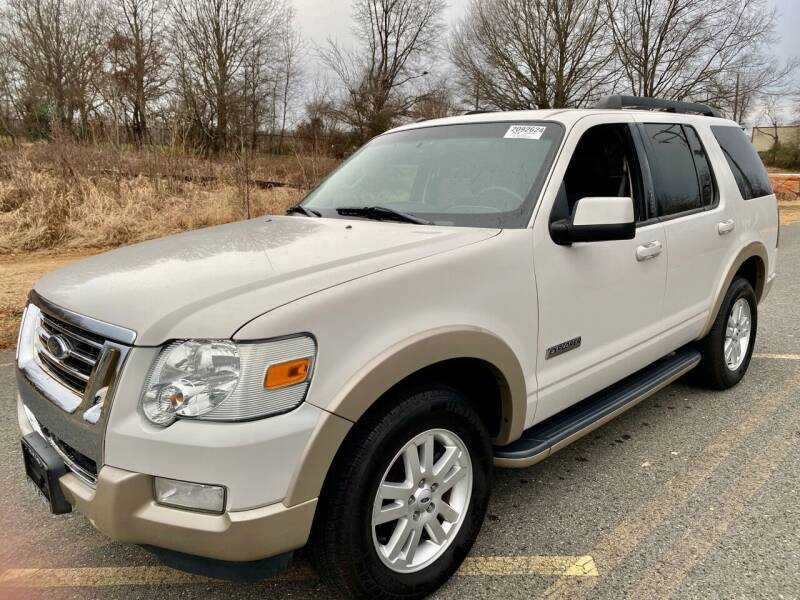 2008 Ford Explorer for sale at Used Cars of Fairfax LLC in Woodbridge VA