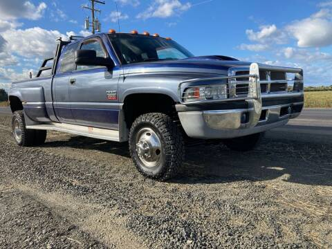 1999 Dodge Ram Pickup 2500 for sale at M AND S CAR SALES LLC in Independence OR