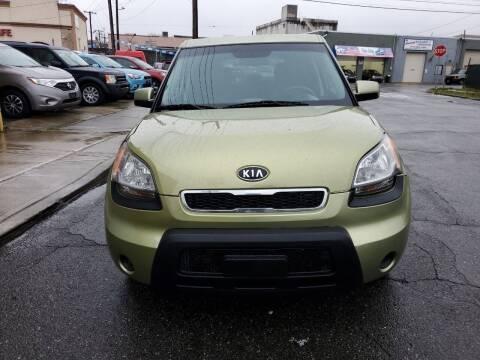 2011 Kia Soul for sale at SUNSHINE AUTO SALES LLC in Paterson NJ