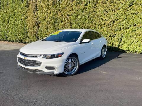 2017 Chevrolet Malibu for sale at Yaktown Motors in Union Gap WA