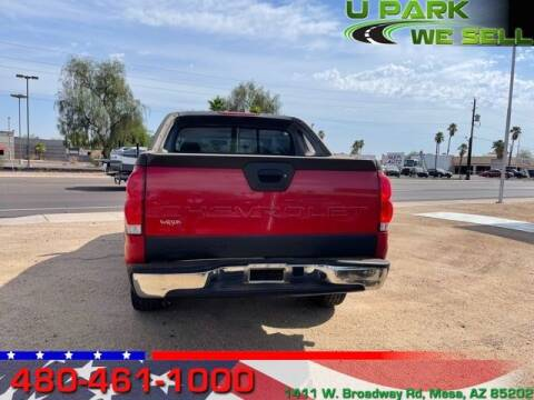 2004 Chevrolet Avalanche for sale at UPARK WE SELL AZ in Mesa AZ