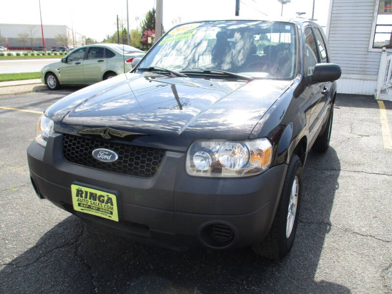 2006 Ford Escape for sale at Ringa Auto Sales in Arlington Heights IL