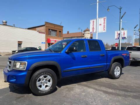 2008 Dodge Dakota for sale at Latino Motors in Aurora IL