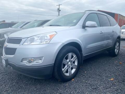 2012 Chevrolet Traverse for sale at Universal Auto INC in Salem OR