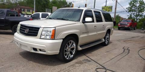 2005 Cadillac Escalade ESV for sale at Kevin Lapp Motors in Plymouth MI