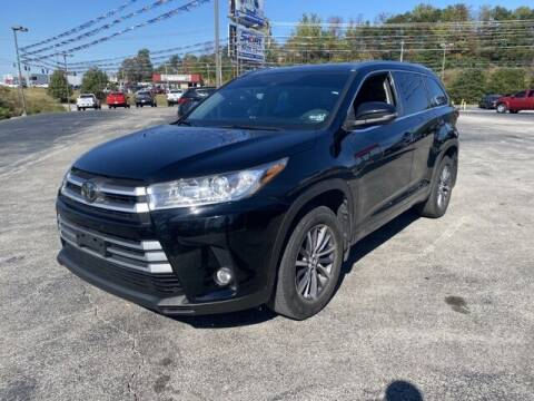 2018 Toyota Highlander for sale at Tim Short Auto Mall in Corbin KY