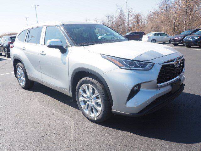 2021 Toyota Highlander for sale in Lynn, MA