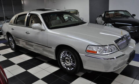 2007 Lincoln Town Car for sale at Podium Auto Sales Inc in Pompano Beach FL