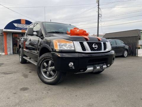 2015 Nissan Titan for sale at OTOCITY in Totowa NJ