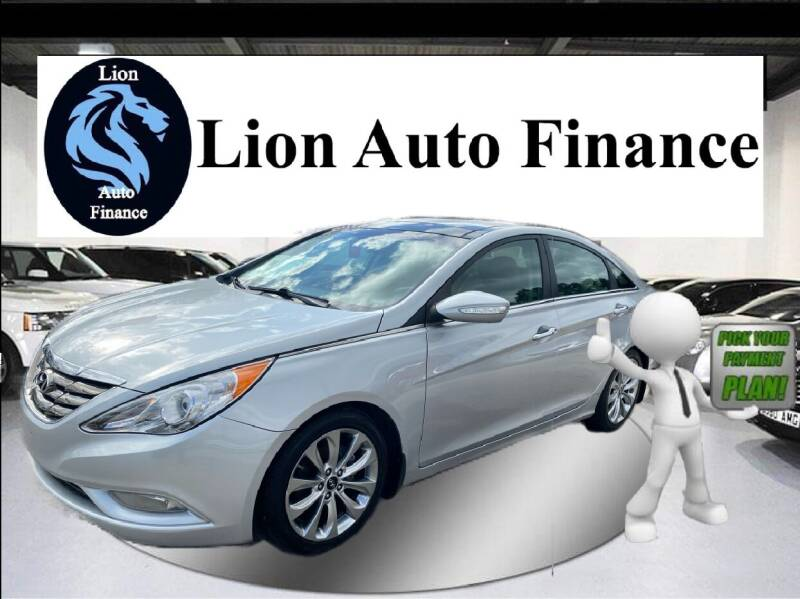2013 Hyundai Sonata for sale at Lion Auto Finance in Houston TX
