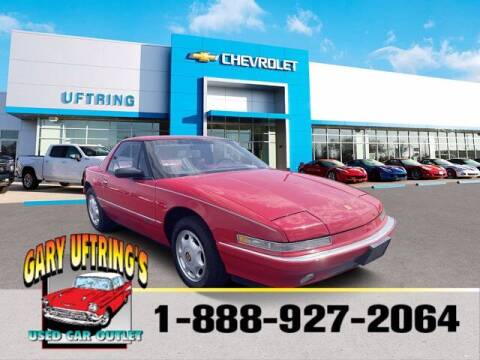 1991 Buick Reatta for sale at Gary Uftring's Used Car Outlet in Washington IL