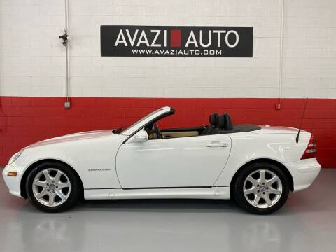 2001 Mercedes-Benz SLK for sale at AVAZI AUTO GROUP LLC in Gaithersburg MD