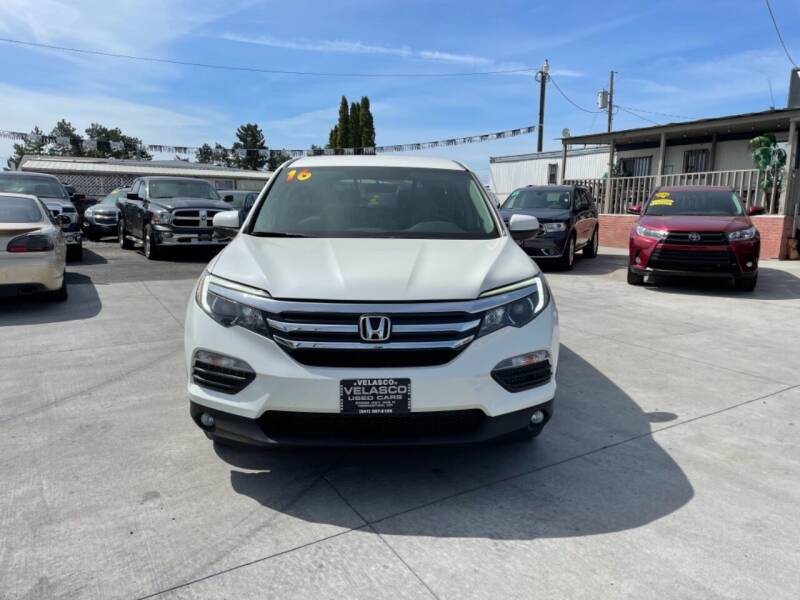 2016 Honda Pilot for sale at Velascos Used Car Sales in Hermiston OR