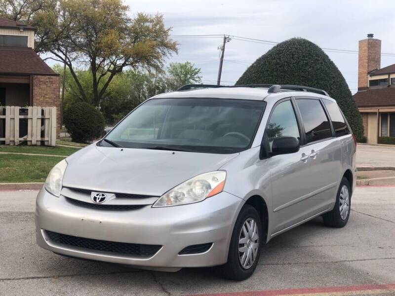 2007 Toyota Sienna for sale at Executive Auto Sales DFW LLC in Arlington TX